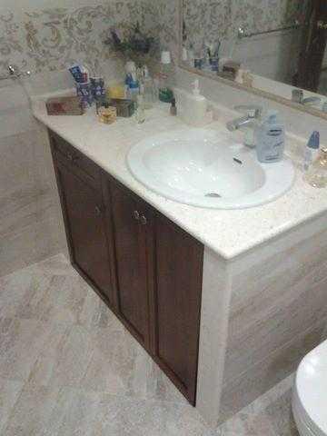 Claris arredo bagno vomero mobili box doccia napoli for Arredo bagno in muratura