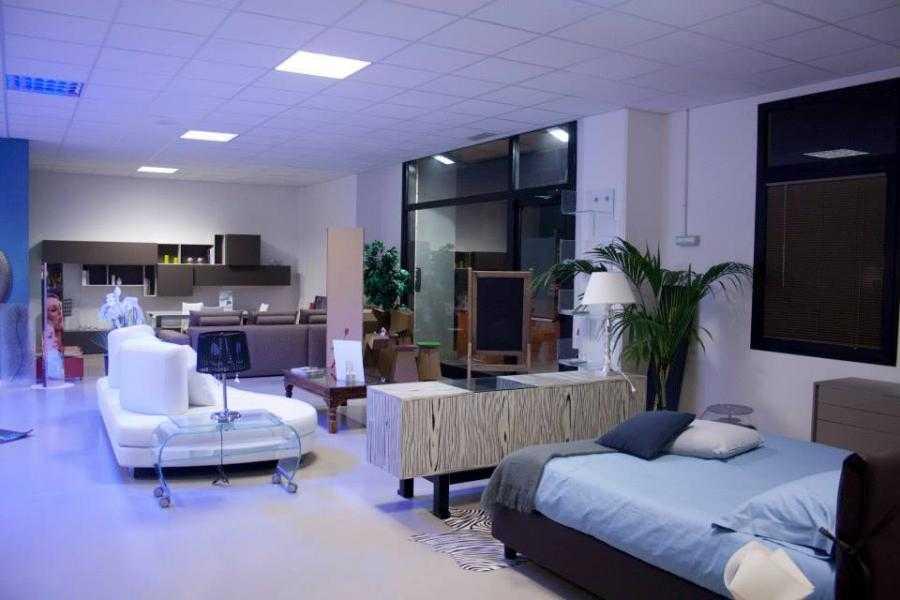 Arredamento casa su misura falconara e ancona p b b for Arredamenti rimini e provincia